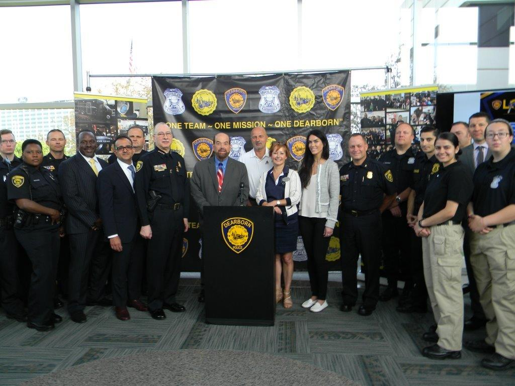 Mayor OReilly and Police Community Group Lock it or Lose it June 2017